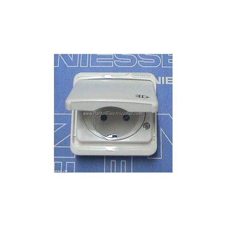 Tapa base de enchufe ii ttl schuko con tapa estanca ip44 niessen arco estanco - Enchufe exterior estanco ...